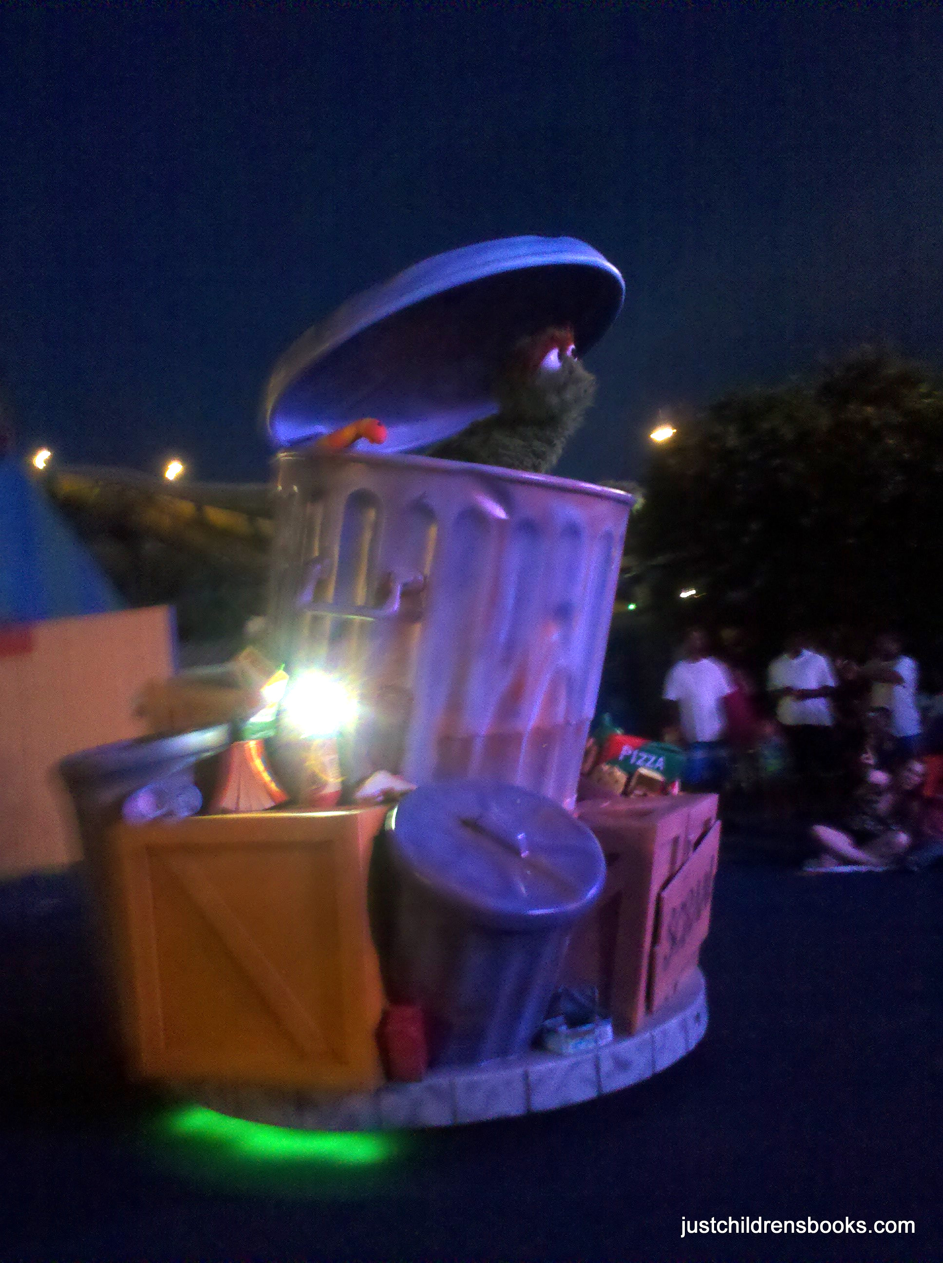 NEW Night Time Parade at Sesame Place